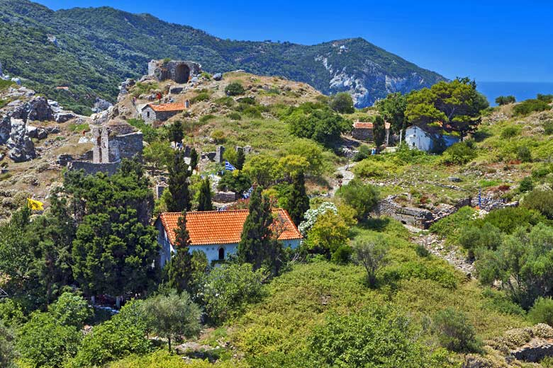 Part of the ruins of the old Kastro, Skiathos © Panos - Fotolia.com
