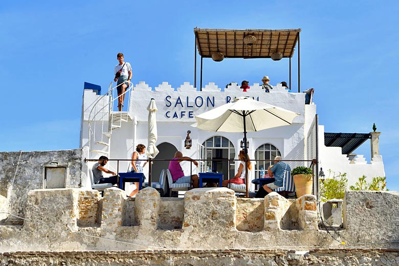 The Salon Bleu, perched on the kasbah ramparts © Hemis - Alamy Stock Photo