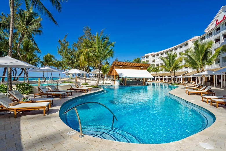 Beachfront pool at Sandals Barbados - photo courtesy of Sandals Resorts