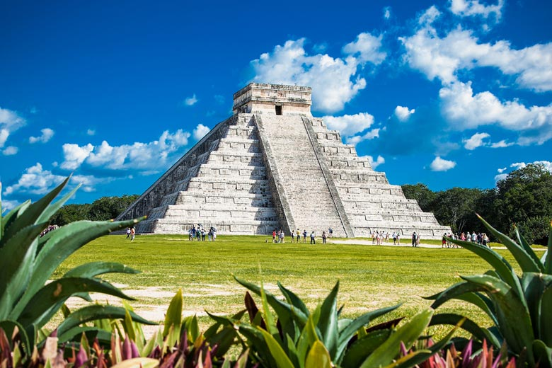 The Temple of Kukulcan, Chichen Itza, Mexico © Aleksandar Todorovic