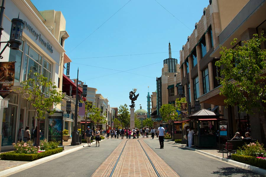 The Grove, West Hollywood © Cristina - Flickr Creative Commons