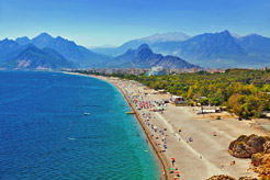 Exploring Antalya: Where to sunbathe, hike, and sightsee