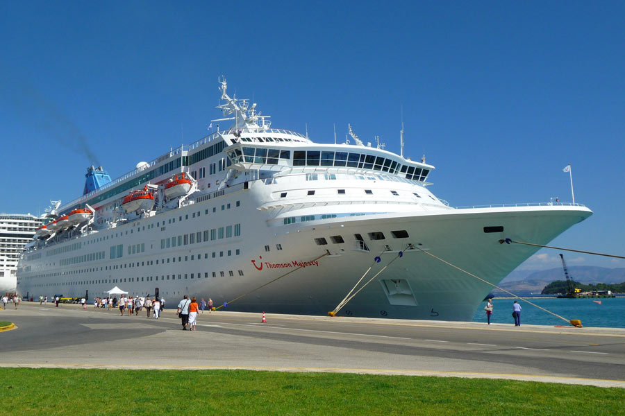 Thomson Majesty docked at Corfu Town, Greece © Neil Thompson - Flickr Creative Commons