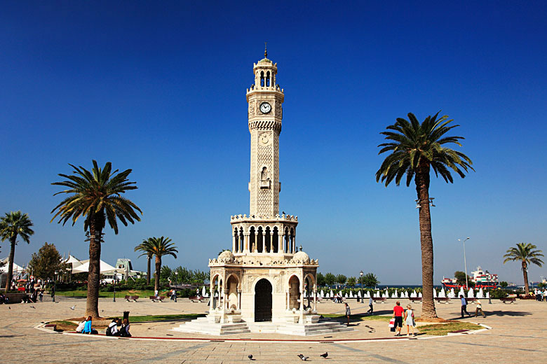 Top reasons to holiday in Izmir, Turkey © Image Source Salsa - Alamy Stock Photo