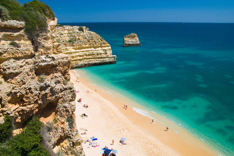 Top 10 beaches in the Algarve: Praia da Marinha © Christopher Elwell - Dreamstime.com
