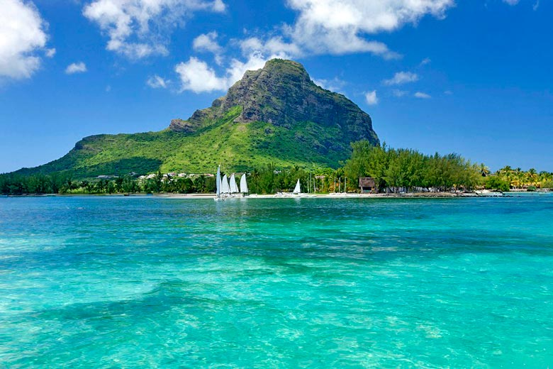 The towering Le Morne Brabant, Mauritius © Bamba Sourang - Mauritius Tourism Promotion Authority