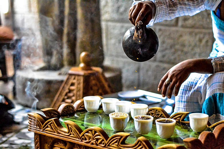 Traditional coffee ceremony, Ethiopia © DPU University College - Flickr Creative Commons