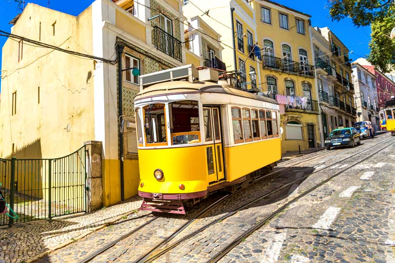 Tram on the cobbled streets of Lisbon © Sergii Figurnyi - Fotolia.com