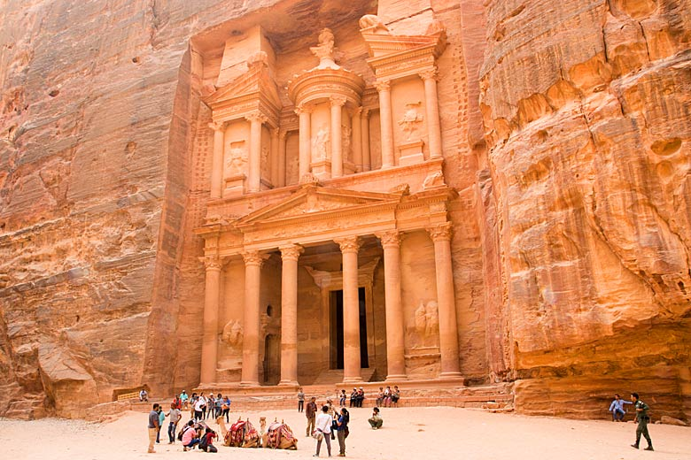 Entrance to the Treasury in Petra, Jordan © Gary Bembridge - Flickr Creative Commons