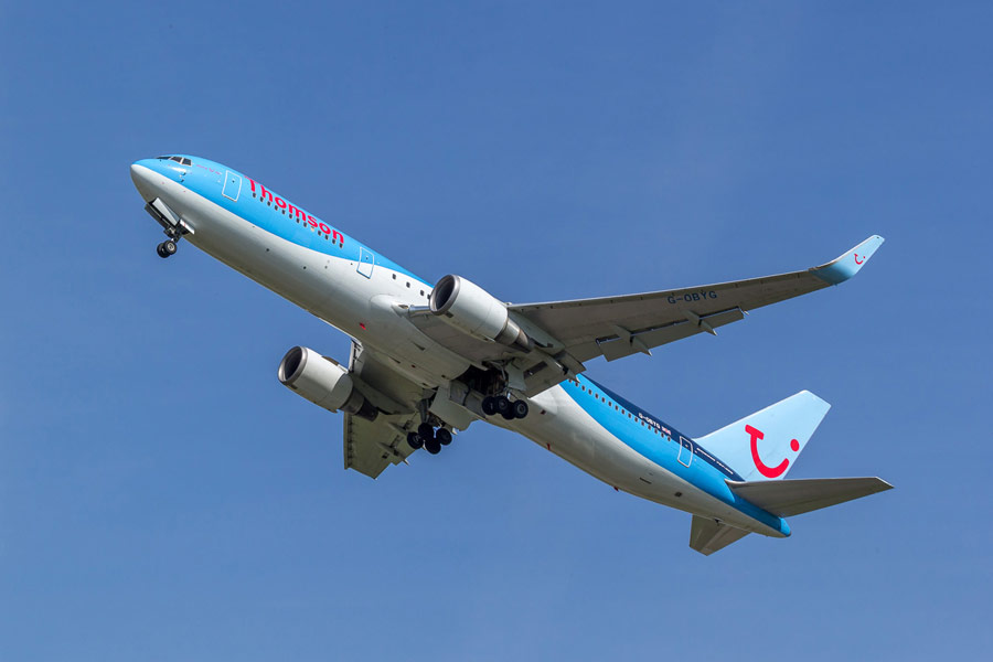 Save on flights in 2019/2020 with the latest online deals from TUI