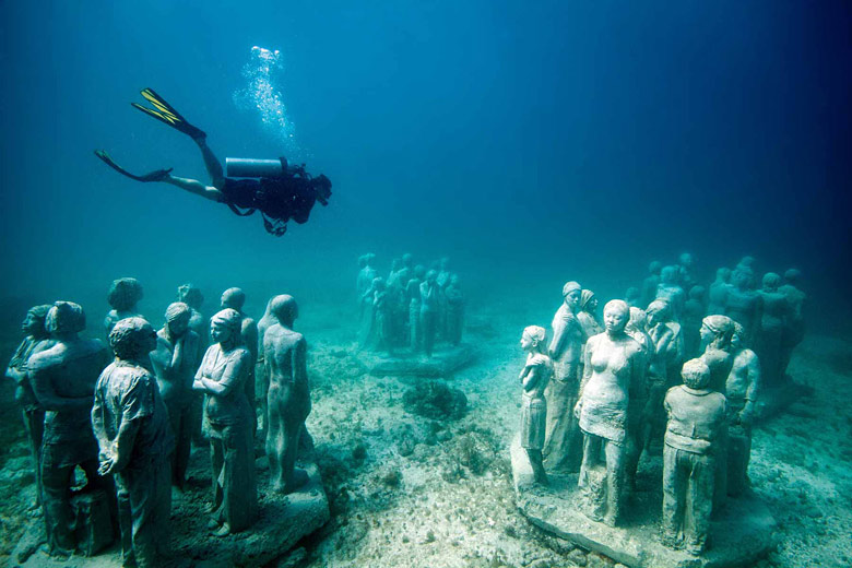 Underwater Museum sculpture, Mexican Caribbean - photo courtesy Museo Subacuático de Arte