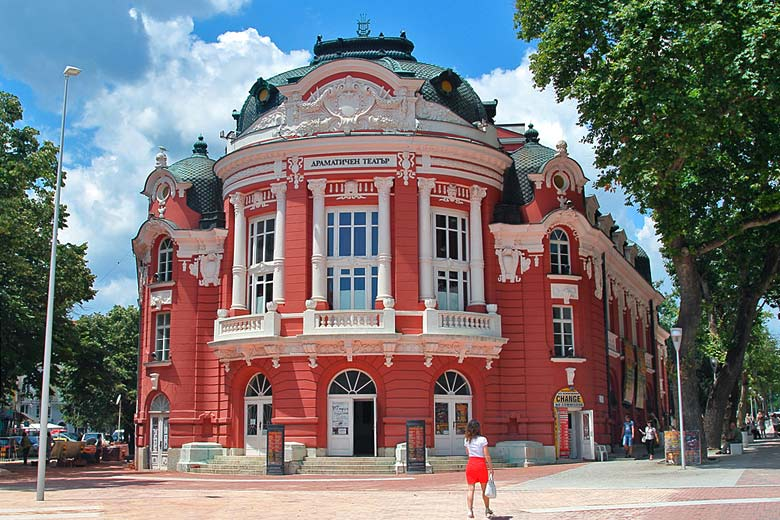 Varna's beautiful Baroque-style Opera House © Nikolay Volnov - Flickr Creative Commons