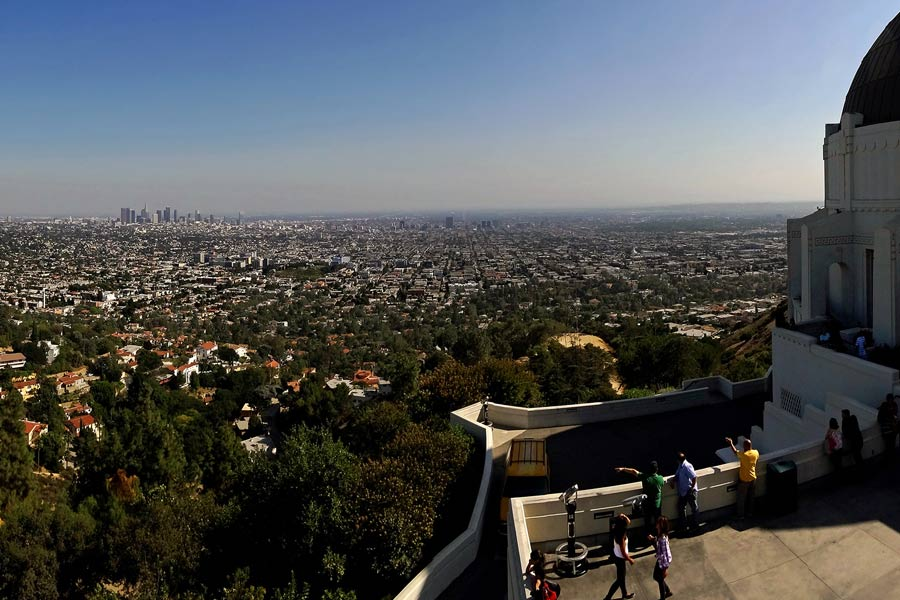 View of LA from the Griffith Observatory © Slices of Light - Flickr Creative Commons