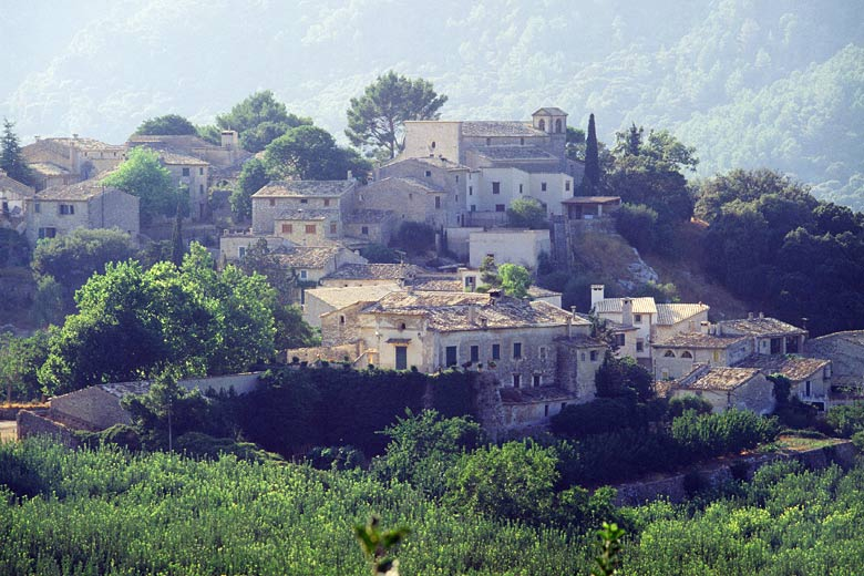 Village of Orient, Majorca © Pedro Coll - courtesy of Balearics Tourism Agency