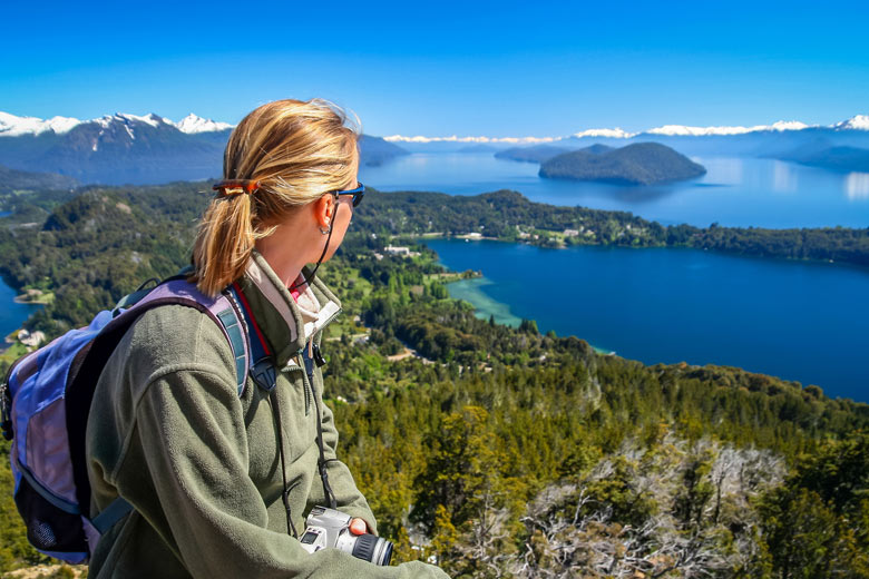 Visiting the Lake District in Argentina © Pawopa3336 - Fotolia.com