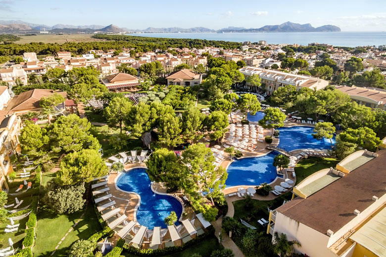 Aerial view of the Zafiro Mallorca Hotel © Zafiro Hotels