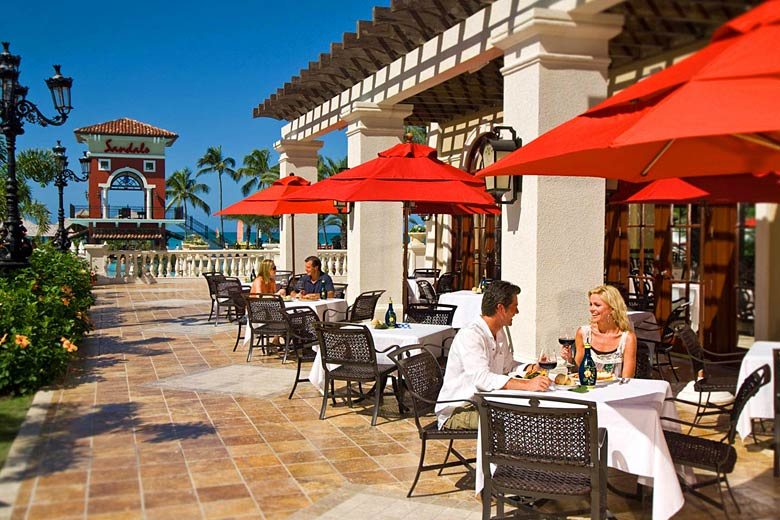 Dining al fresco at Sandals Grande Antigua - photo courtesy of Sandals Resorts International