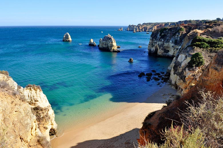 Typical Algarve weather in summer © Ruigsantos - Fotolia.com