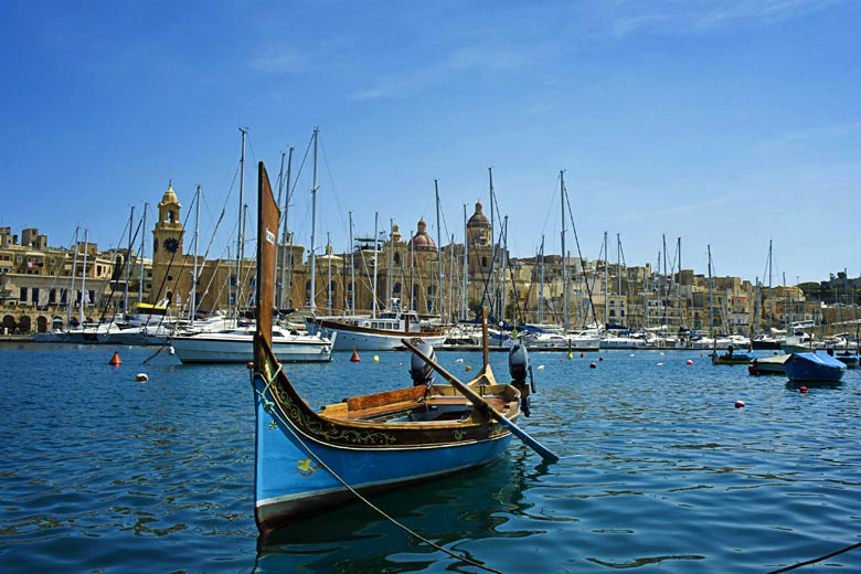 Boat trip on holiday in Malta © Viewingmalta.com