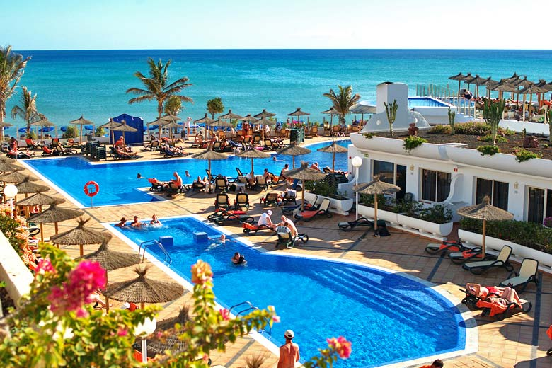 Fuerteventura weather averages for planning holidays for Warm places to travel in december