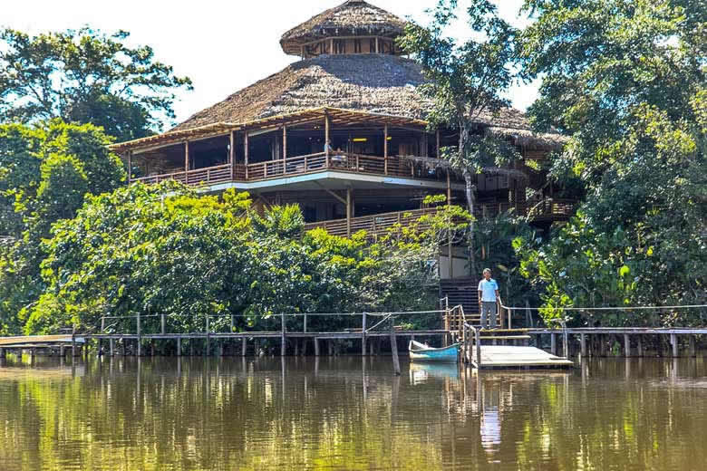 Eco Lodge in the Amazon rainforest © Murray Foubister - Flickr Creative Commons