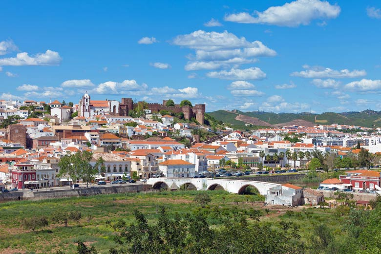 The fortress town of Silves, Algarve © tagstiles.com - Fotolia.com