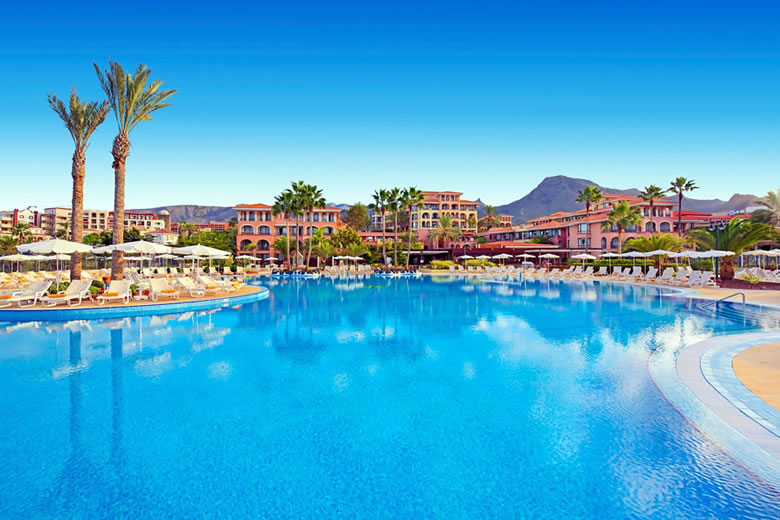 Iberostar Anthelia Hotel is a 5-star family hotel in Costa Adeje, Tenerife © Iberostar