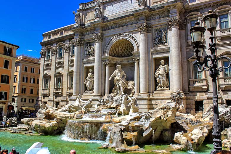 The iconic Trevi Fountain in Rome © Andy Hay - Flickr Creative Commons