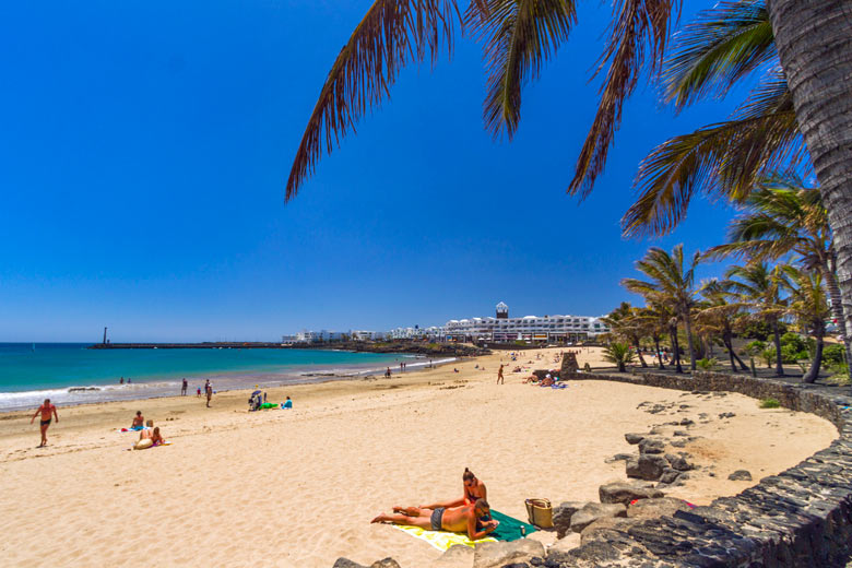 Las Cucharas beach Costa Teguise - photo courtesy of turismodecanarias.com
