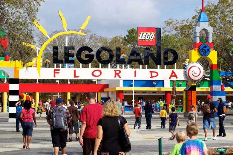 Entrance to Legoland Florida © Nathan Forget - Flickr Creative Commons