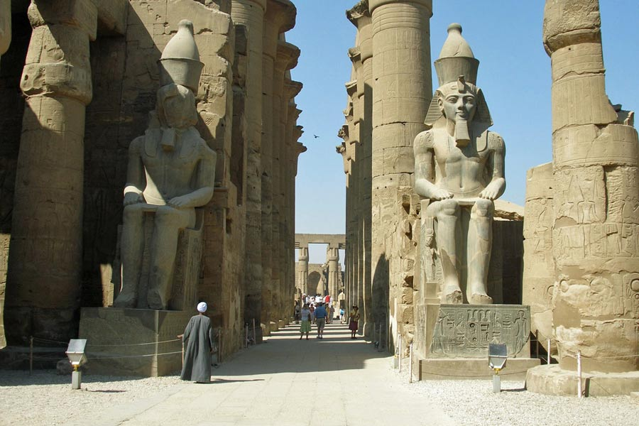 Entrance to Luxor Temple © Vyacheslav Argenberg - Flickr Creative Commons