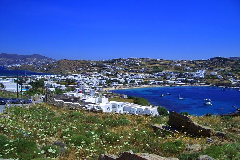 Ornos Bay, Mykonos © Charlie Dave - Flickr Creative Commons