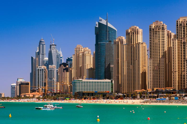 Sunny day on Marina Beach, Dubai © Miroslav Petrasko - Flickr Creative Commons